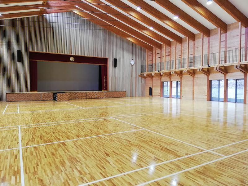 大槌町の赤浜公民館の多目的ホール
