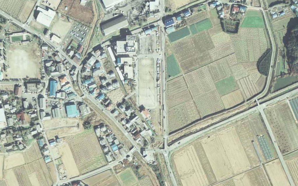 糸島市志摩初地域中心部の国土地理院空中写真(1981年)